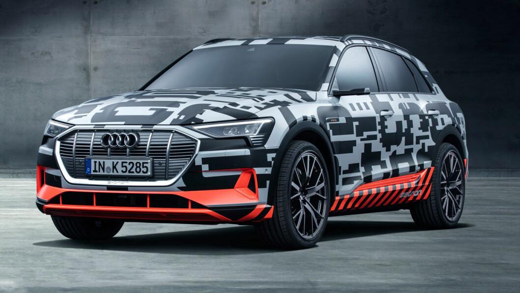 MIDT I SMØRØYET: Audi gir sin nye e-tron en prislapp som plasserer den i akkurat samme prisklasse som hovedkonkurrentene Jaguar I-Pace og Tesla-modellene S og X. Foto: Audi