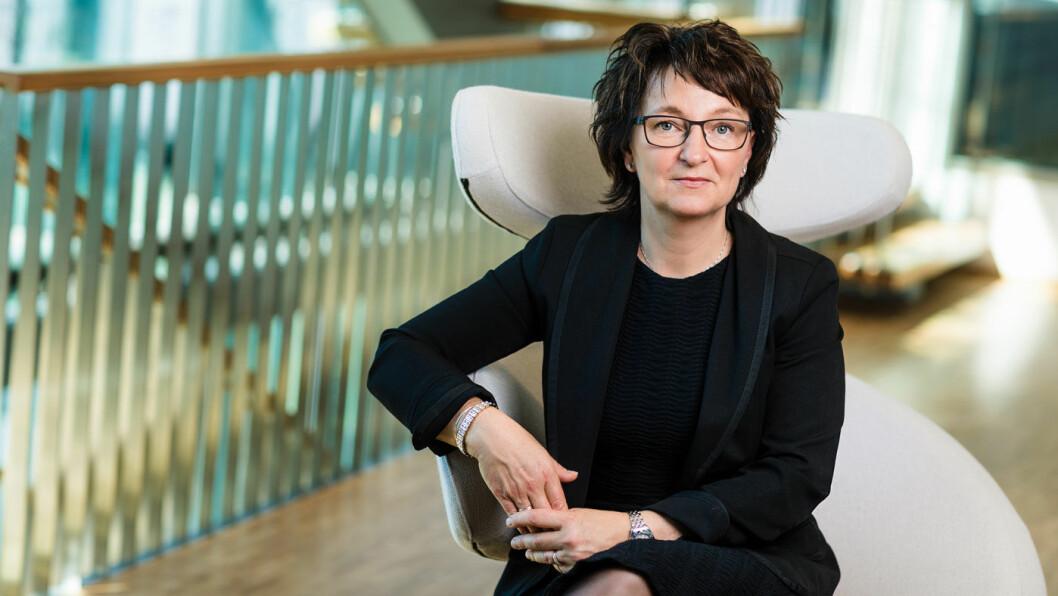 INTET FALL: Tross elbil-veksten er det fortsatt relativt stabile tall for salget av flytende drivstoff, sier Inger-Lise Nøstvik i Drivkraft Norge.