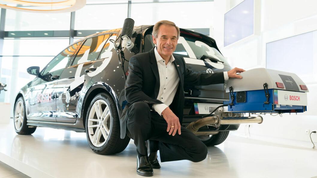 NY TEKNOLOGI: Bosch-sjef Volkmar Denner hevder selskapets nye teknologi reduserer NOx-utslippene dramatisk. Foto: Bosch