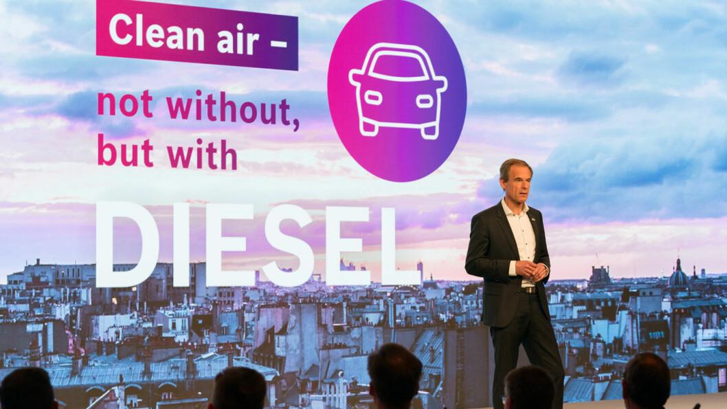 MER KOMMER: Kunstig intelligens skal gjøre morgendagens dieselmotor dramatisk forbedret, tror Bosch-sjef Volkmar Denner. Foto: Bosch