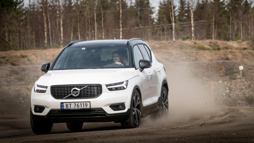 NY FAVORITT: Etterspørselen av Volvos prisvinner XC40 er så stor at svenskene nå dobler produksjonen. Foto: Jon Terje Hellgren Hansen