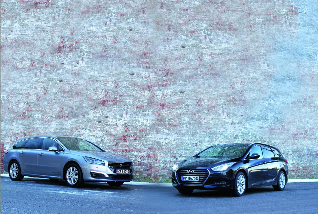 GARANTERT KOMFORT: Hyundai i40 og Peugeot 506 har Norges beste garantier og i tillegg mye plass og komfort. Begge er nesten glemt, men absolutt verdt en prøvekjøring hvis du jakter på en stor stasjonsvogn. Foto: Rune Korsvoll