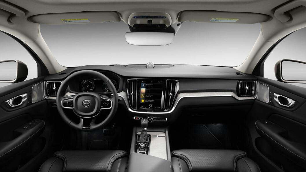 KJENTE TRAKTER: Førermiljøet i nye V60 er til forveksling likt det du finner hos prisvinner XC60.