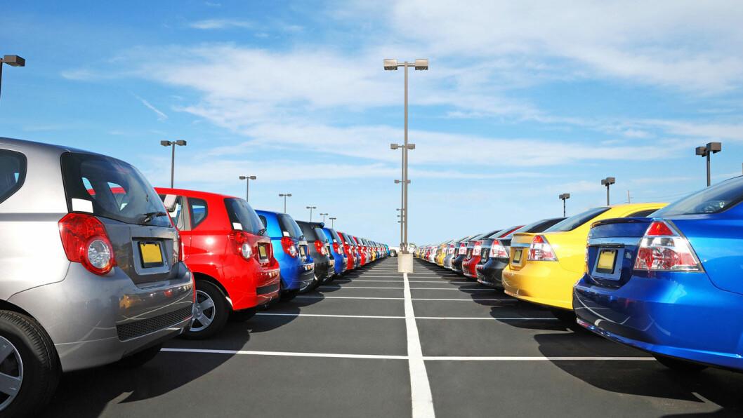 BRUKTBIL: Fullmaktssalg er en av fire måter å selge bruktbil på. Men kanskje ikke den beste… Foto: Shutterstock