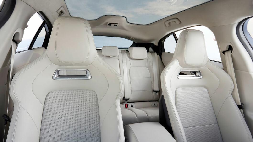SOLID: De konvensjonelle bilene til Jaguar har fått litt kritikk for at materialkvaliteten ikke har vært helt premium. I-Pace virker meget solid. Foto: Jaguar