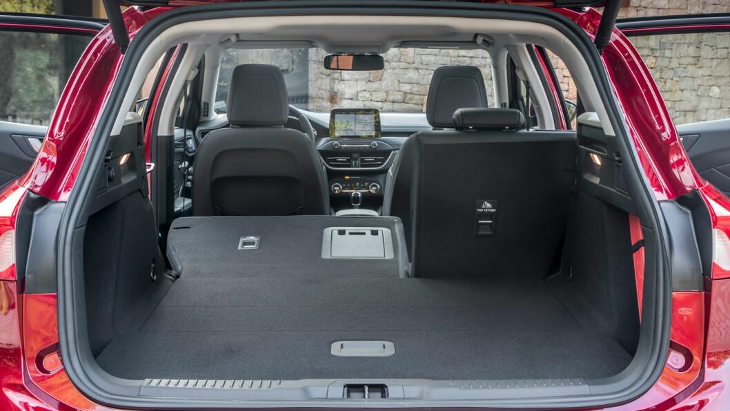 ROMSLIG: Ford Focus Vignale, her som stasjonsvogn, med drøyt 600 liter bagasjerom.