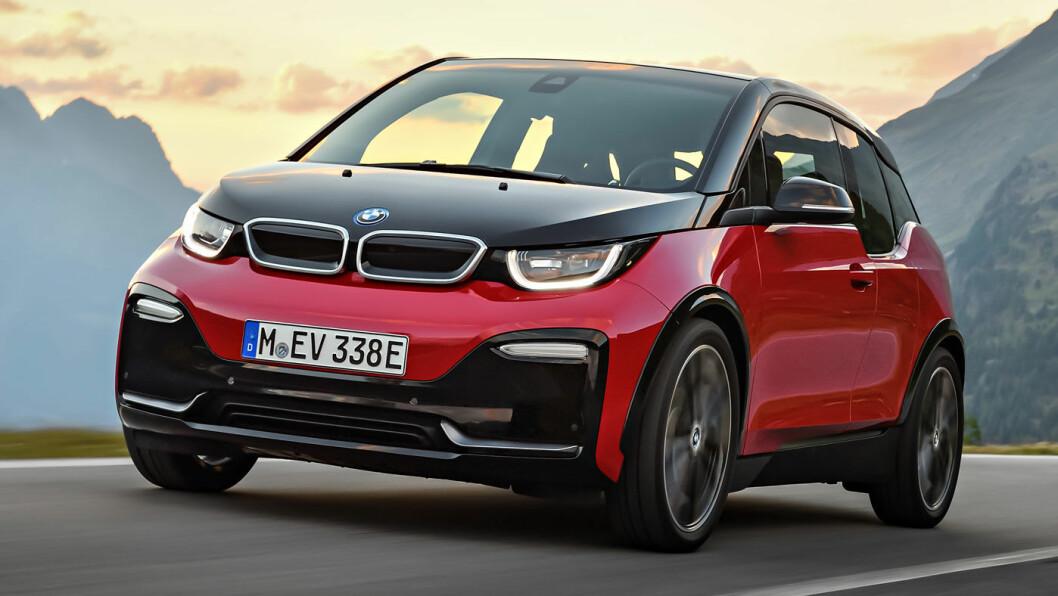 KLAR FOR LANGTUR? BMW forbereder en kraftig oppgradering av batteripakken på sin lille elbil, i følge et tysk nettsted. Her er i3s, en utgave med bedreeffekt og litt mer kraft enn den første i3-modellen. Foto: BMW