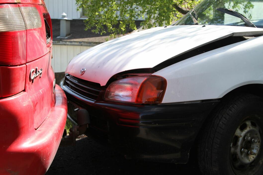 MENN BULKER MEST: Menn krasjet bilene sine dobbelt så mange ganger som kvinner i 2015, og fikk skader for 3,4 milliarder kroner. Foto: Rune Korsvoll