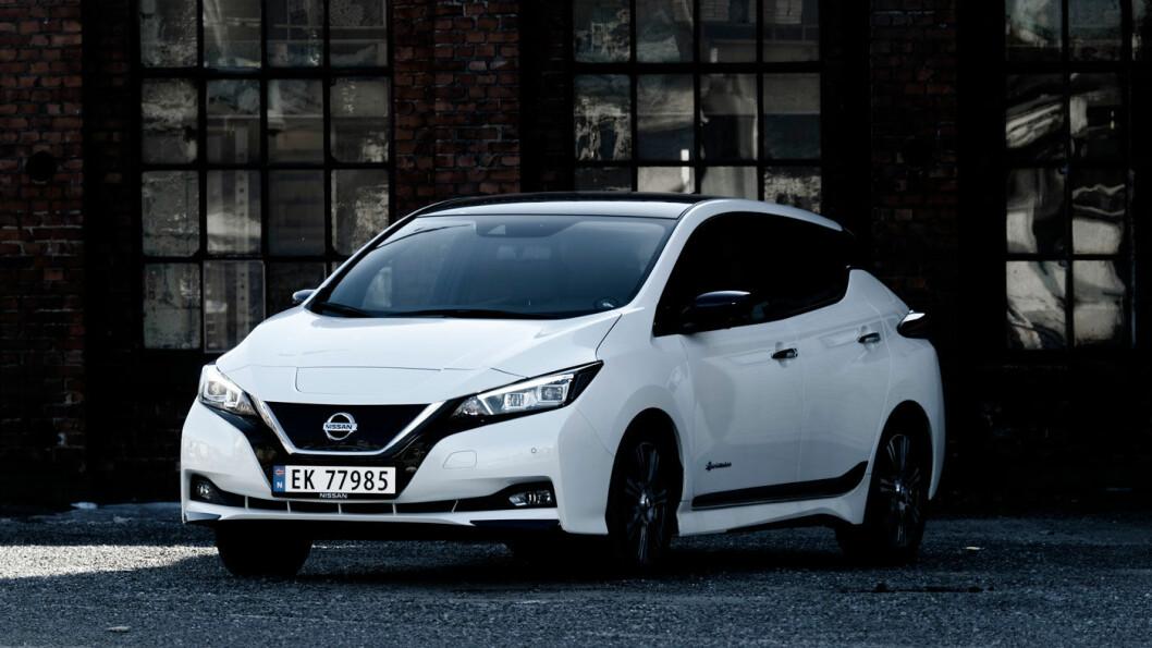 PÅ DAGEN: Nissan forventer at de fleste av deres forhandlere vil ha Leaf-modeller for levering på dagen i løpet av året. Foto: Jon Terje Hellgren Hansen
