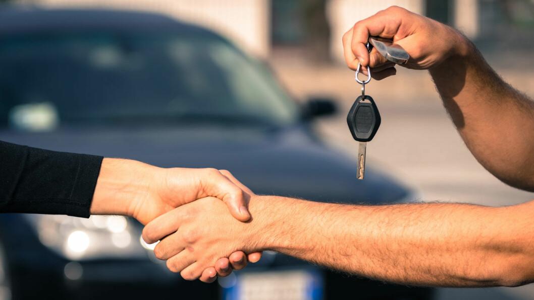 GOD HANDEL: Over 468.000 bruktbiler skiftet eier i fjor, og utviklingen sålangt i 2018 tyder på at årets tall blir enda høyere. Foto: Shutterstock