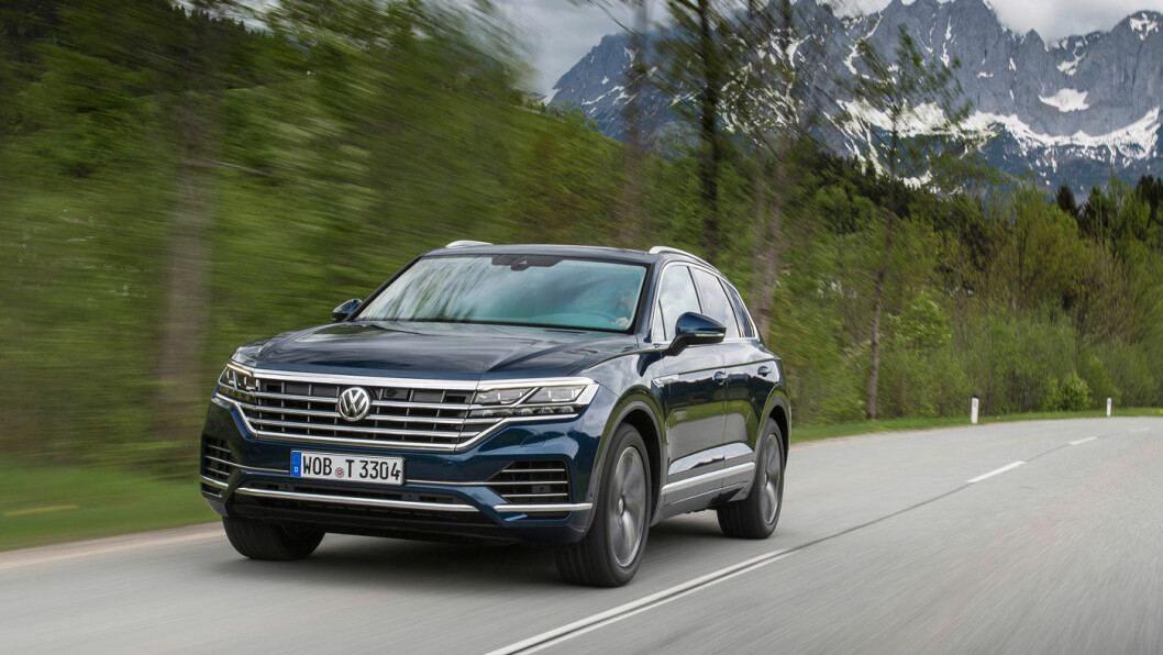 MOT TOPPEN: Volkswagen lanserer en ny generasjon Touareg med påstanden om at det er «en av verdens sikreste og mest komfortable biler».