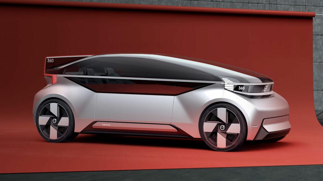 SOVING, JOBBING, UNDERHOLDNING, SOSIALT: Volvos konseptbil 360c gir utallige muligheter for autonom transport. Volvo ønsker at konseptet skal bidra til samtaler og refleksjoner rundt framtidens transportbehov.