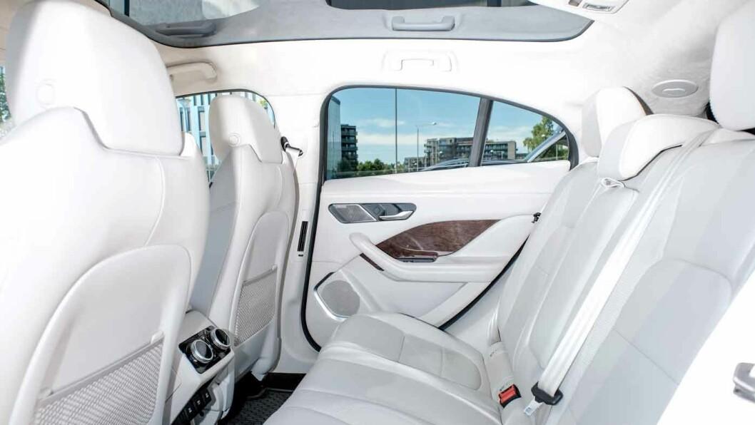 SOLID: De konvensjonelle bilene til Jaguar har fått litt kritikk for at materialkvaliteten ikke har vært helt premium. I-Pace virker meget solid.