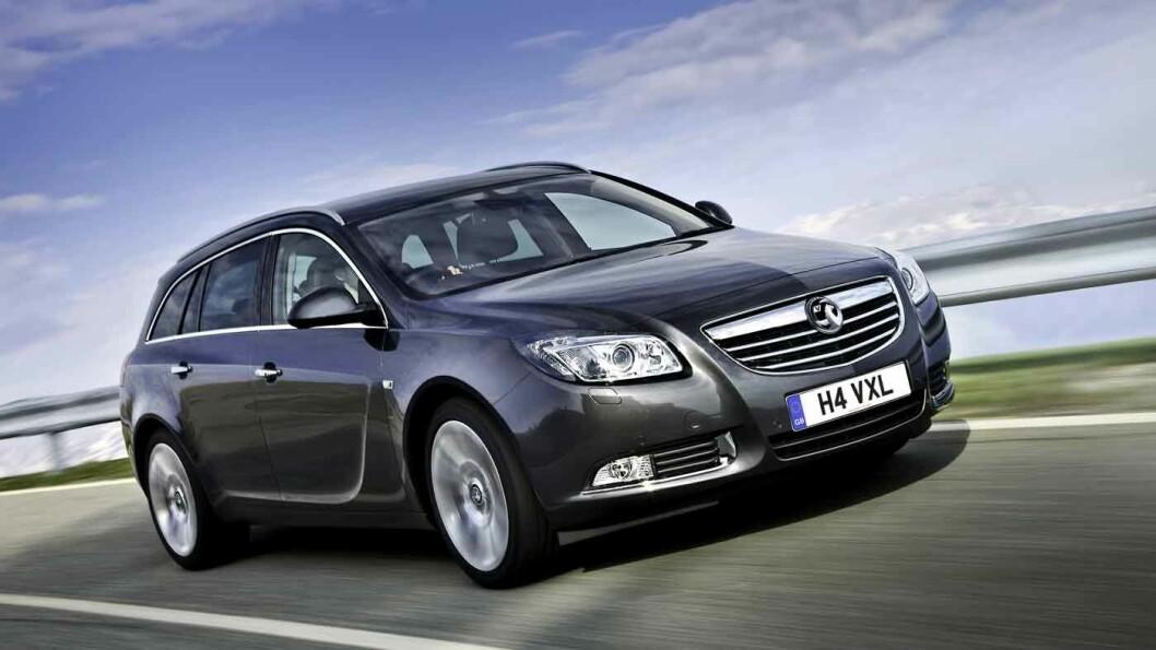 LEKKER, MEN OVERSETT: Opel Insignia ble kåret til Årets bil i 2009. Det elegante utvendige designet hentes opp i interiøret.
