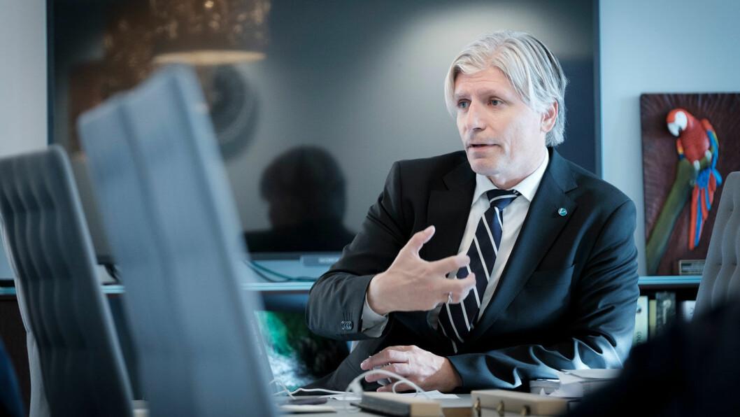 AVFEIER: Det er feil at andre land ikke kan kopiere avgiftspolitikken til oljerike Norge, mener klima- og miljøminister Ola Elvestuen. Foto: Jon Terje Hellgren Hansen