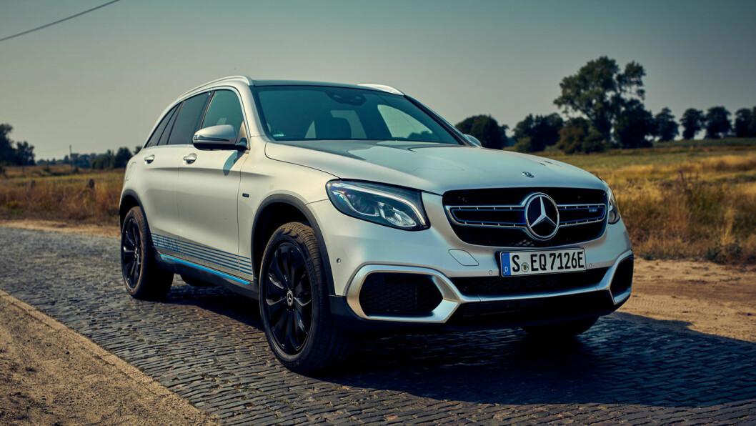 NY STJERNE: Mercedes-Benz GLC F-cell kombinerer ladbar plug-in-løsning med hydrogendrift. Foto: Daimler
