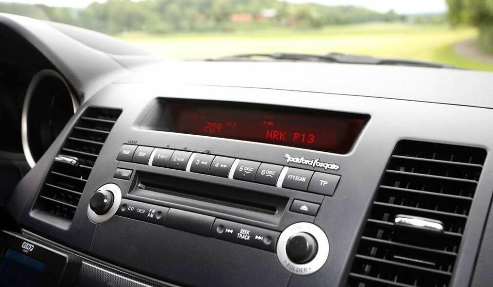 Bilkunde får 25 000 kroner i DAB-avslag