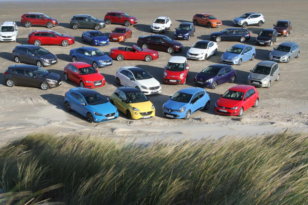 TENK UTENFOR BOKSEN: Det omsettes mellom 300.000 og 400.000 brukte biler i Norge hvert år. Vi har plukket ut noen billige og spennende. Foto: Rune Korsvoll