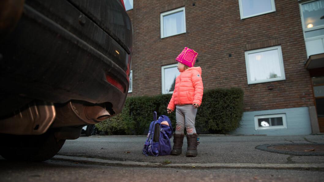 FARLIGERE I BY: 42 prosent av byboerne bor i områder som er trafikkfarlige for barn. Foto: Tom Hansen
