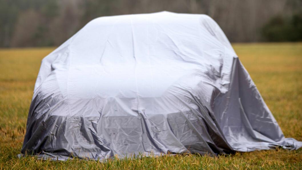 DRAR AV DUKEN: Her er bilen vår jury mener er «Årets beste bilkjøp». Bilen står behørig omtalt i nyeste nummer av Motor som denne ukas distribueres til alle NAFs medlemmer. Foto: Tomm W. Christiansen