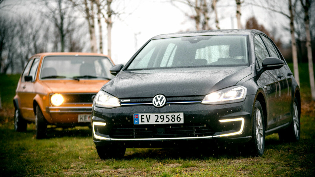 SPREK ARVTAGER: Gamlegolfen på snart 45 år kan være tilfreds med ungdommen. Volkswagen e-Golf er kåret til årets beste bilkjøp av Motor. Foto: Tomm W. Christiansen
