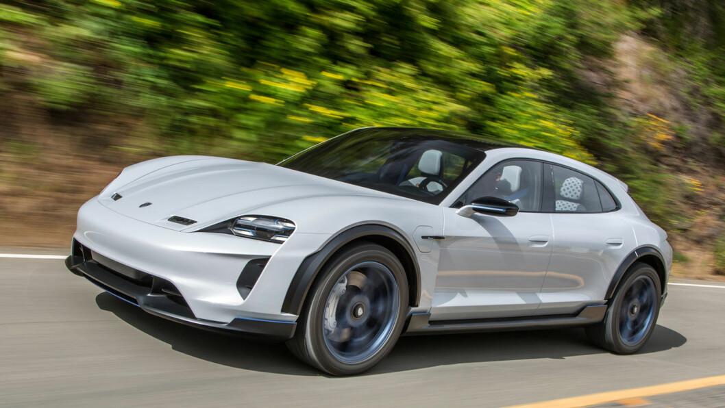 KONSEPT: Det som var konseptutgaven Porsche Mission E Cross Turismo lanseres i 2019 som Porsche Taycan.