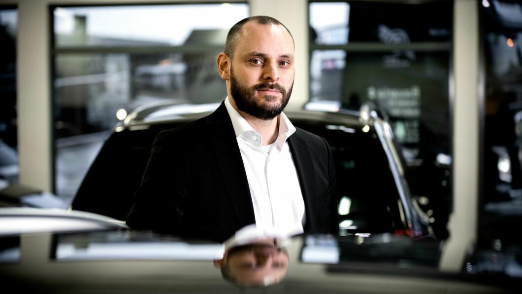 IKKE NOE Å FRYKTE: Mats Leikfoss er bruktbilekspert hos Bavaria Romerike og kan berolige kunder som er redde for å få påkost på leasingbilen med at dette er svært sjelden. Foto: Tomm W. Christiansen