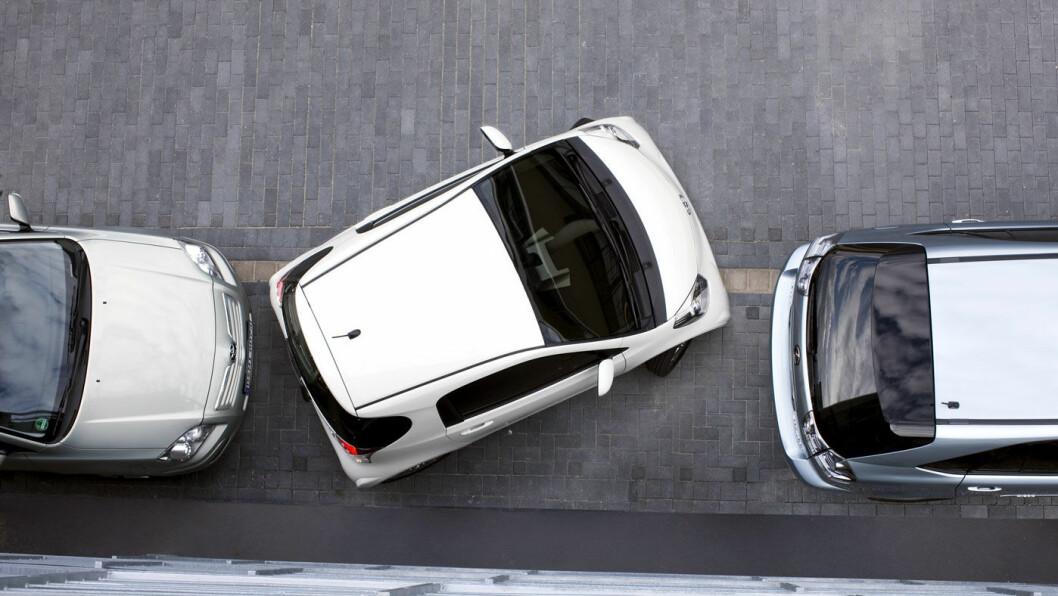 ET LITE SMUTTHULL: Under tre meter lang og lett å parkere i trange bygater.