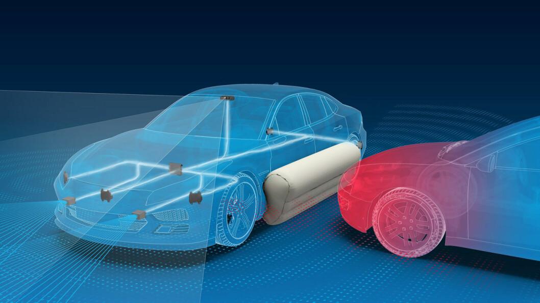 EFFEKTIVT: Med en utvendig luftpute som beskytter bilene i sidekollisjonen, skal ulykkestallene forbedres kraftig, mener produsenten.