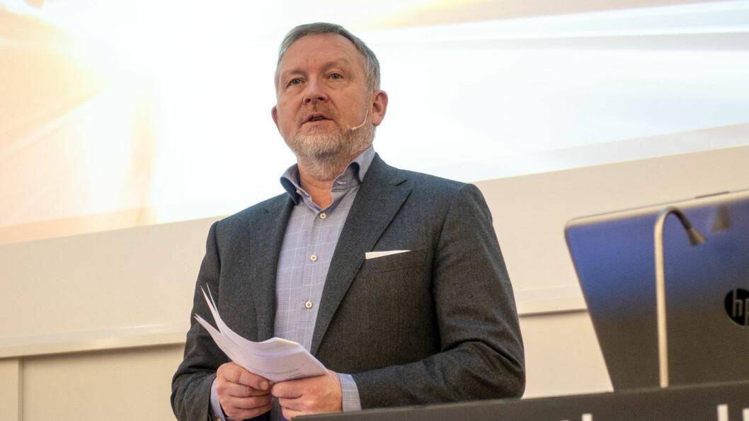 SKUFFET: Øyvind Solberg Thorsen, direktør i Opplysningsrådet for Veitrafikken.