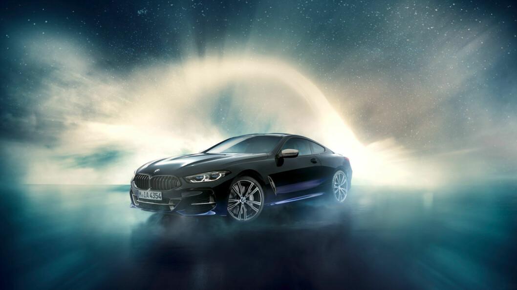 LEKKER: En BMW 850 er i utgangspunktet ganske lekker, selv uten detaljer fra verdensrommet.