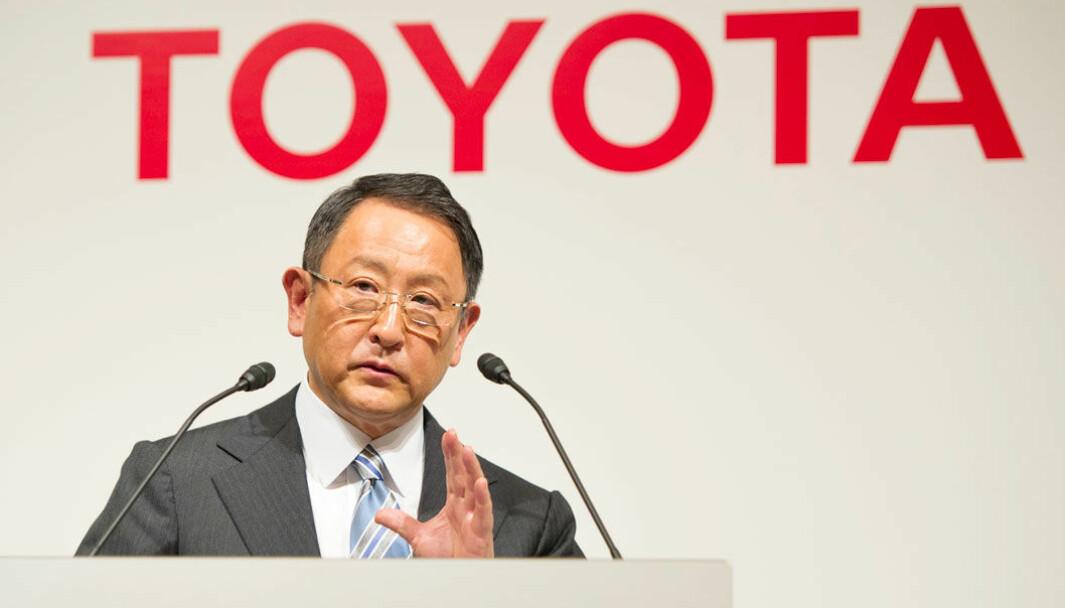 FORVIRRER: Kort tid etter at Toyota annonserte store planer for elbiler, hevder toppsjefen Akio Toyoda nå at de er «overhypet».