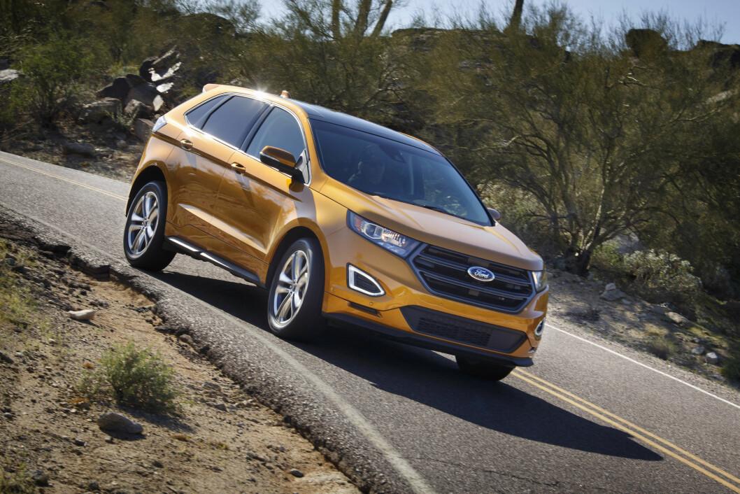 FORD-LUKSUS: Ford Edge er en stor SUV med mye koimfort. Foto: Ford