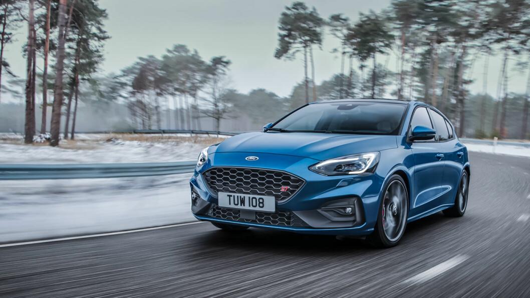 RÅSKINN: Nye Ford Focus ST er klar til å ta opp kampen med en hvilken som helst elbil – og med mye tøffere lyd! Foto: Ford Motor