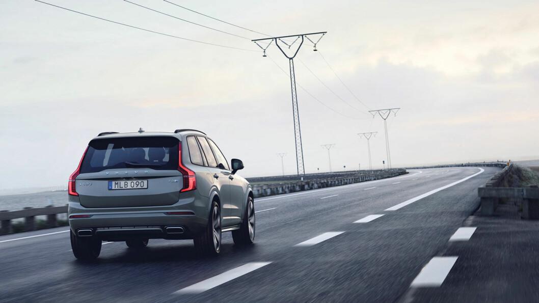 INGEN FORAN: Volvo har høyest bakkeklaring av alle de 25 bestselgende firehjulstrekkerne med sine 23,8 cm. Foto: VolvoCars