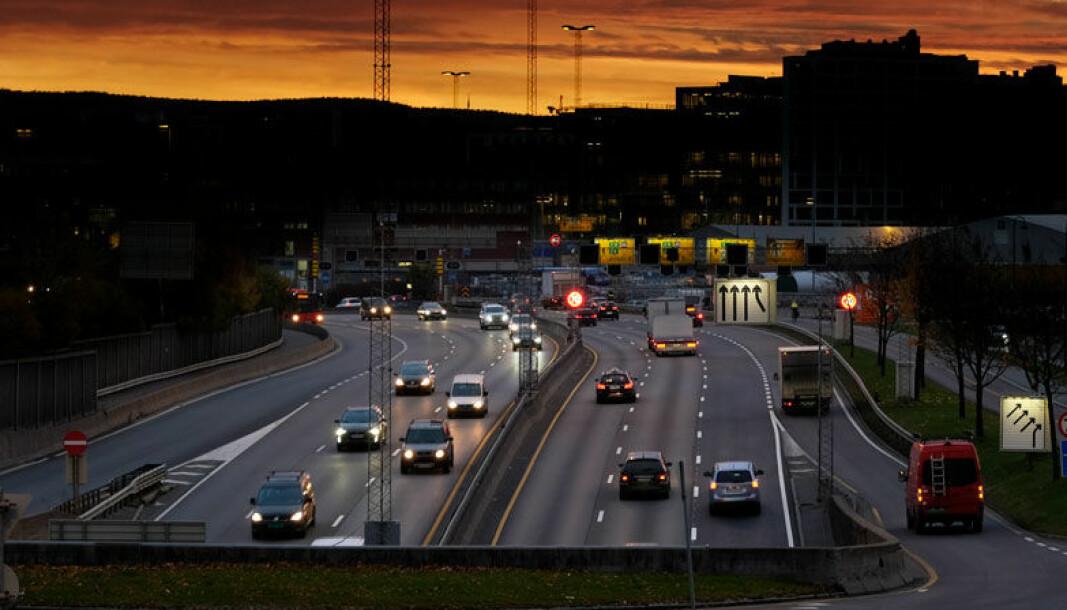 NÆRMERE GRENSEN: CO2-utslipp på Europas biler ligger stadig langt over EU-grensen på 95 g/km fra 202.