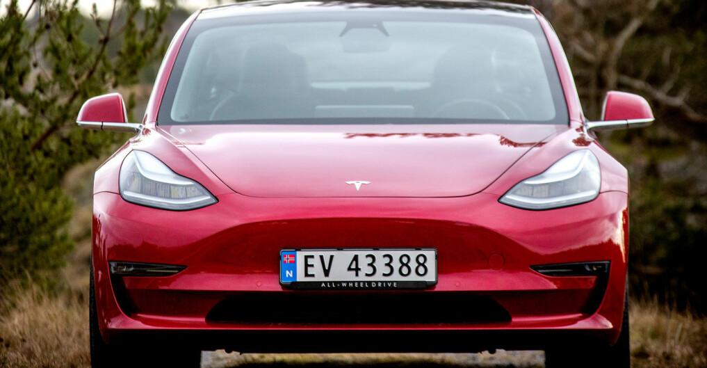 Tesla Model 3 rett på salgstoppen