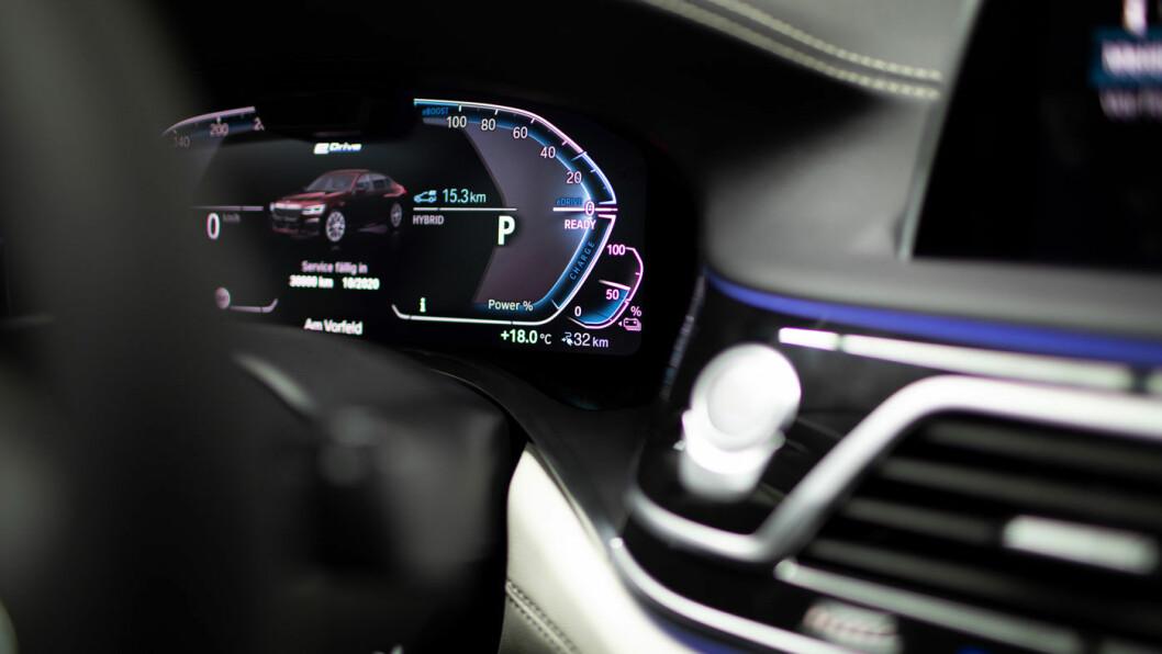 ELEKTRISK: BMW kommer med tre plug-in-modeller.