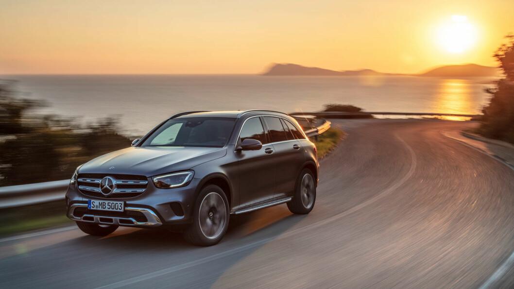 ELEGANSE: Mercedes presenterer en GLC som har fått en ørliten ansiktsløfting.