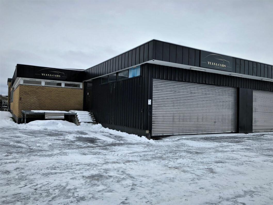 LOKALENE: Tuana Cars drev sin virksomhet fra disse lokalene på Strømmen på Romerike. Foto: Geir Røed