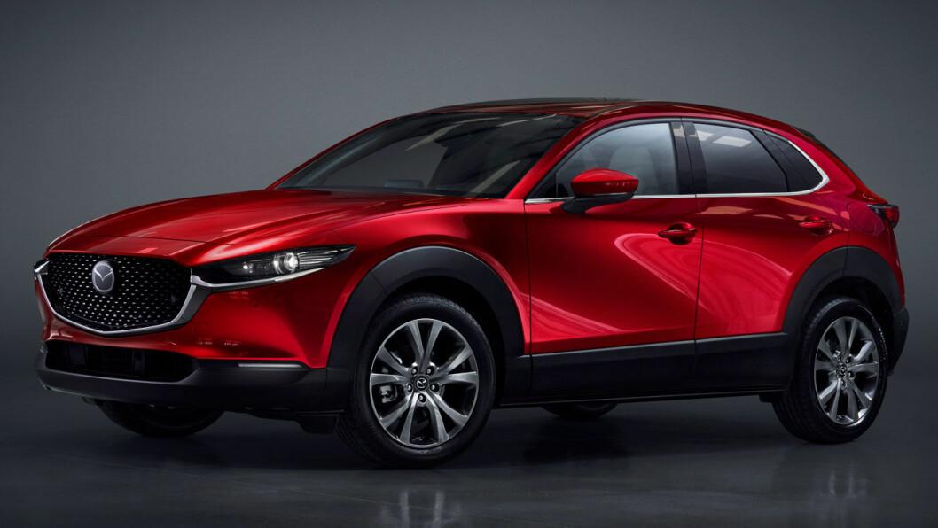 NYKOMMER: Mazda CX-30 er en kompakt SUV som kan bestilles med firehjulsdrift, men uten ledning.