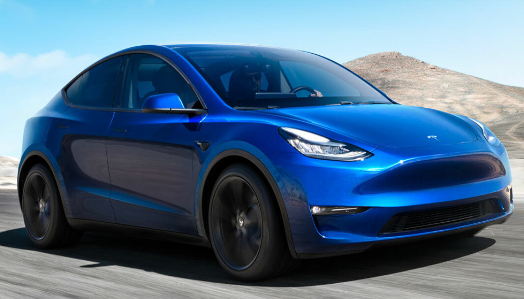 """<span class="""" font-weight-bold"""" data-lab-font_weight_desktop=""""font-weight-bold"""">MÅLESTOKKEN:</span> Tesla Model Y"""