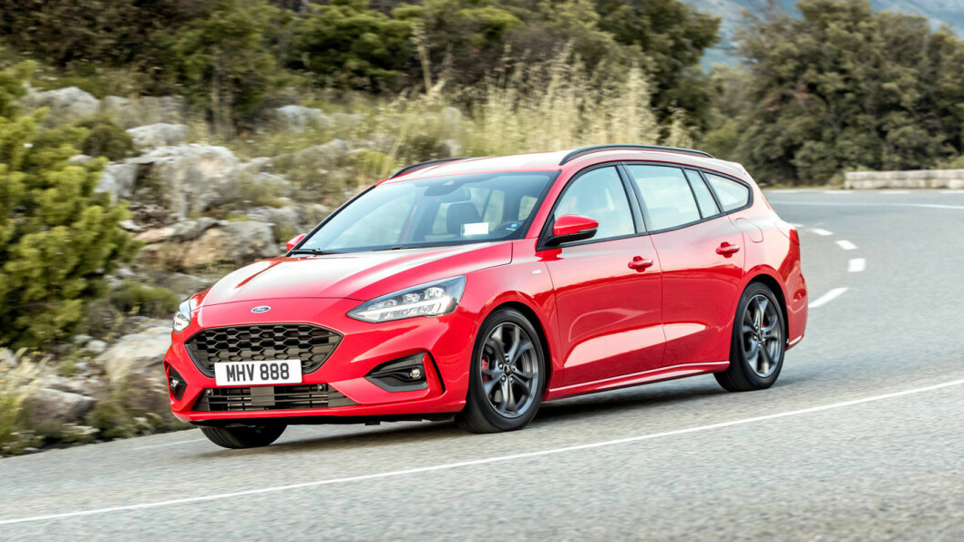STILIG: Ford Focus er blitt en lekker bil i stasjonsvognutgave. Spesielt liker vi den i en litt mer sporty ST-versjon.
