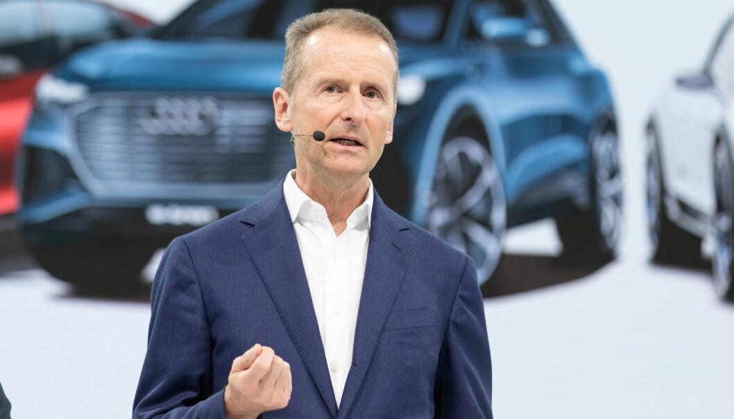 TØFF UKE: Volkswagen-konsernets toppsjef Herbert Diess har hatt en stri uke. Men det kan bli vesentlig verre… Foto: Volkswagen AG