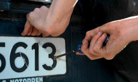 9.000 bilskilt stjeles hvert år