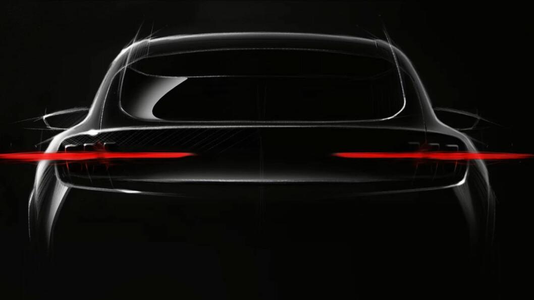 SNART KLAR: I løpet av 2020 skal vi få se denne elbilsatsingen fra Ford på veien. I følge Ford en SUV med klare trekk fra ikonet Ford Mustang.