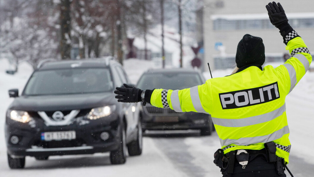 I KIKKERTEN: UP ser mer enn du tror i trafikken, og i dag vil de vinke inn flere fartssyndere enn noen gang før. Foto: Geir Olsen