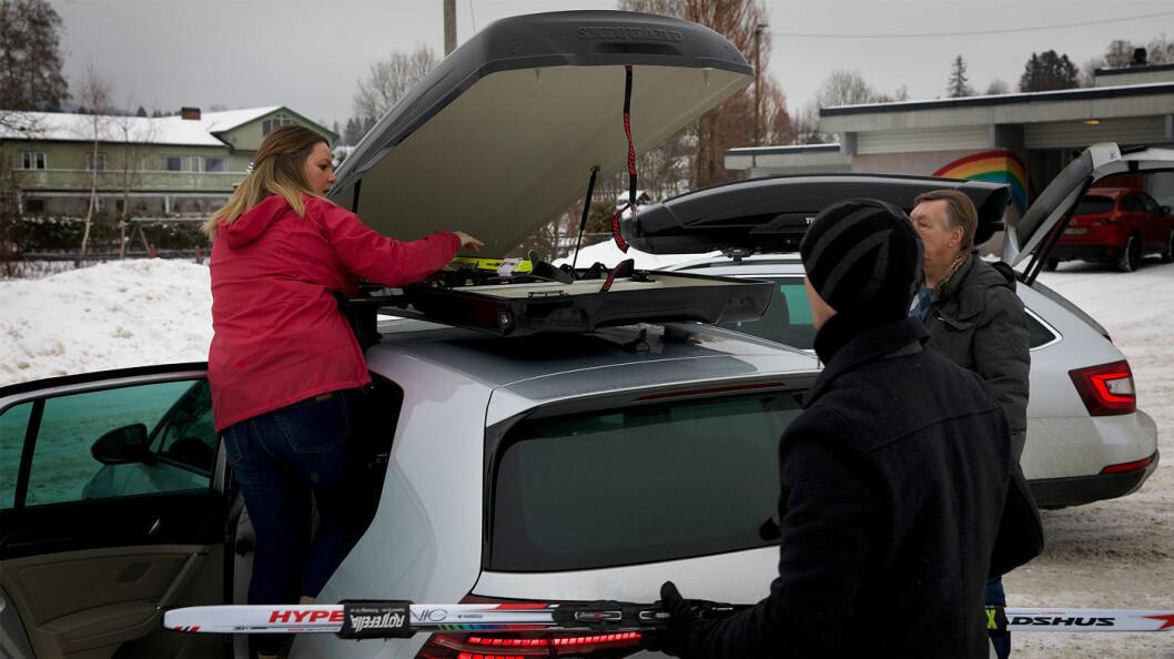 NAF-TEST: Hvorfor kraftig påvirker en takboks bilens drivstofforbruk og rekkevidde? Det ville NAFs eksperter finne ut. Foto: Harald Wisløff