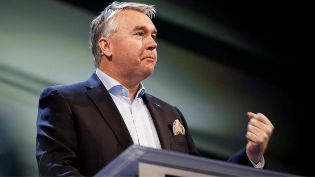 I SKVIS: Høyre parlamentariske leder Trond Helleland har fått en nøtt å knekke når lokallaget i Buskerud vil gå fra byvekstavtalen i Drammensregionen. Foto: Hans Kristian Thorbjørnsen