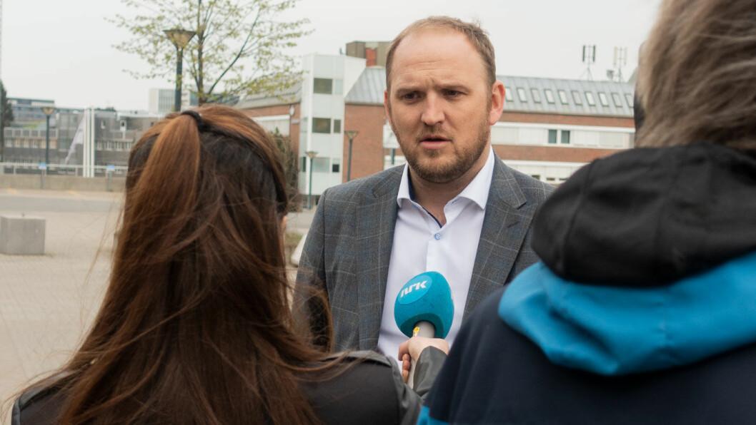 TILPASSER REGELVERK: Samferdselsminister Jon Georg Dale.